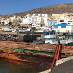 Recogidas 30 toneladas del combustible vertido en el puerto de Gran Tarajal